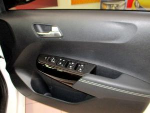 Kia Picanto 1.0 Smart - Image 18
