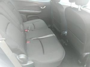 Honda BR-V 1.5 Comfort - Image 13