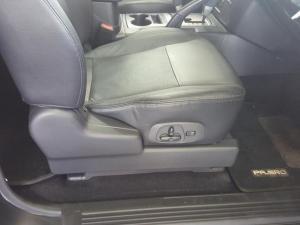 Mitsubishi Pajero 3.2 Di - Dc GLS SWB automatic - Image 14