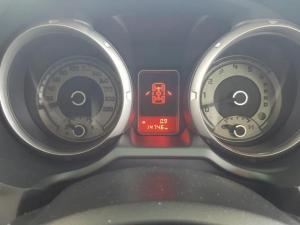 Mitsubishi Pajero 3.2 Di - Dc GLS SWB automatic - Image 16