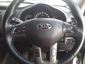 Kia Sportage 2.0 auto - Image 13