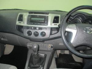 Toyota Hilux 2.7 Raider - Image 5