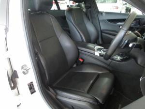 Mercedes-Benz C200 - Image 10