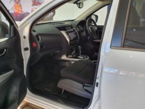 Nissan Navara 2.3D SE automaticD/C - Image 4
