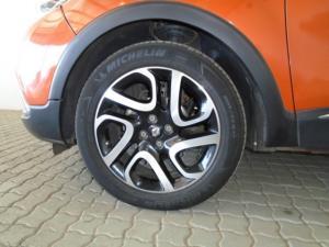 Renault Captur 1.5 dCI Dynamique 5-Door - Image 11