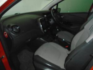 Renault Captur 1.5 dCI Dynamique 5-Door - Image 5