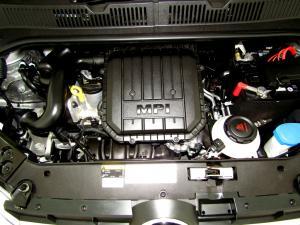 Volkswagen Take UP! 1.0 5-Door - Image 15