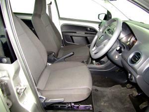 Volkswagen Take UP! 1.0 5-Door - Image 19
