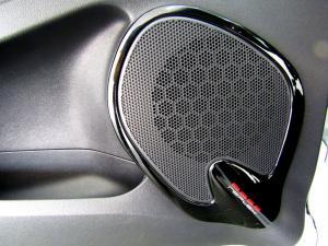 Renault Clio IV 900 T Expression 5-Door - Image 21