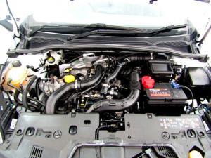Renault Clio IV 900 T Expression 5-Door - Image 22