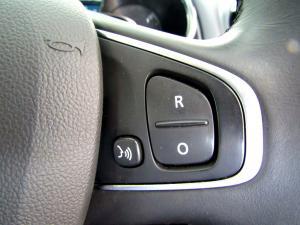 Renault Clio IV 900 T Expression 5-Door - Image 25