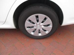 Toyota Corolla Quest 1.6 automatic - Image 10