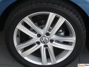 Volkswagen Jetta GP 1.4 TSI Comfortline DSG - Image 4