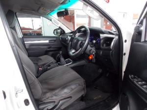 Toyota Hilux 2.8GD-6 double cab 4x4 Raider - Image 6
