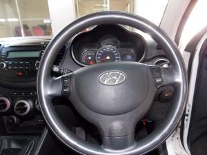 Hyundai i10 1.1 GLS - Image 15