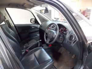 Suzuki SX4 2.0 - Image 1