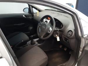 Opel Corsa 1.4 Essentia - Image 1