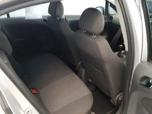 Opel Corsa 1.4 Essentia - Image 5