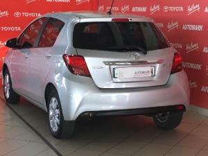 Toyota Yaris 1.3 - Image 4