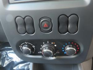 Nissan NP200 1.6 Single Cab - Image 18