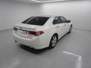 Honda Accord 2.4 Executive automatic - Image 16