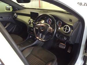 Mercedes-Benz GLA 250 4MATIC - Image 2
