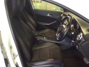 Mercedes-Benz GLA 250 4MATIC - Image 3