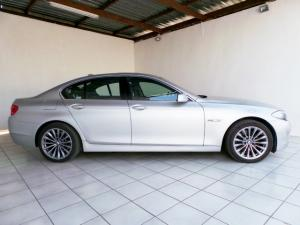 BMW 5 Series 523i - Image 2