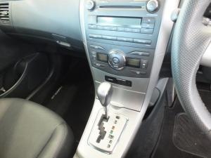 Toyota Corolla 2.0 Exclusive auto - Image 13