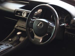 Lexus RC 200t EX - Image 5