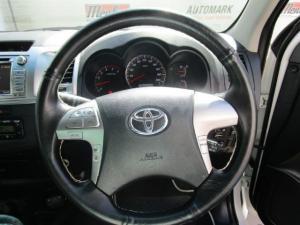 Toyota Hilux 3.0 D-4D Legend 45 4X4 automaticD/C - Image 14