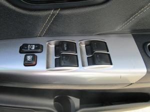 Toyota Hilux 3.0 D-4D Legend 45 4X4 automaticD/C - Image 19