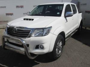 Toyota Hilux 3.0 D-4D Legend 45 4X4 automaticD/C - Image 1