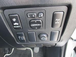 Toyota Hilux 3.0 D-4D Legend 45 4X4 automaticD/C - Image 20