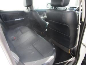 Toyota Hilux 3.0 D-4D Legend 45 4X4 automaticD/C - Image 2