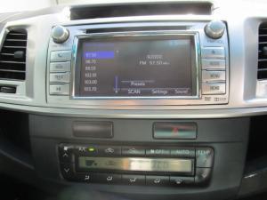 Toyota Hilux 3.0 D-4D Legend 45 4X4 automaticD/C - Image 5