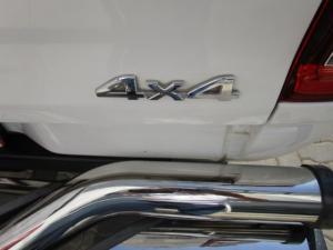 Toyota Hilux 3.0 D-4D Legend 45 4X4 automaticD/C - Image 7