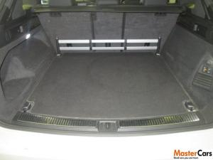 Volkswagen Touareg 3.0 TDI V6 Executive - Image 2