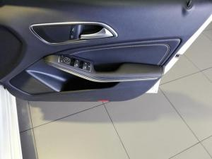 Mercedes-Benz A-Class A200 Style auto - Image 8