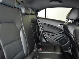 Mercedes-Benz A 200 BE automatic - Image 11
