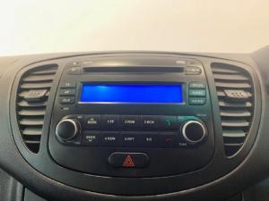 Hyundai i10 1.25 Glide - Image 10