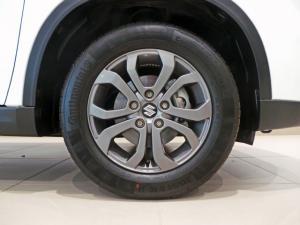 Suzuki Vitara 1.6 GL+ auto - Image 8