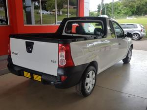 Nissan NP200 1.6i (aircon) safety pack - Image 4