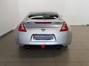 Nissan 370Z coupé automatic - Image 4
