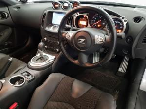Nissan 370Z coupé automatic - Image 6