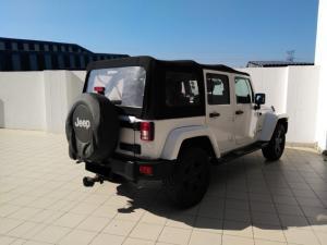 Jeep Wrangler Unlimited 3.6L Sahara - Image 3