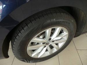 Volkswagen Passat 1.4TSI Comfortline auto - Image 13