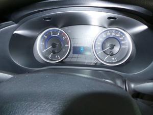 Toyota Hilux 2.4GD-6 4x4 SRX - Image 9