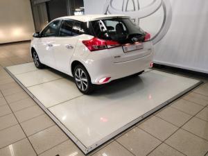 Toyota Yaris 1.5 Xs - Image 3