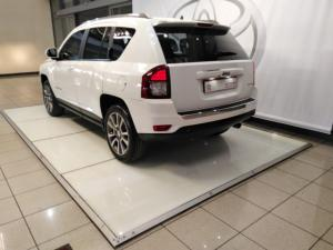 Jeep Compass 2.0L Limited auto - Image 3
